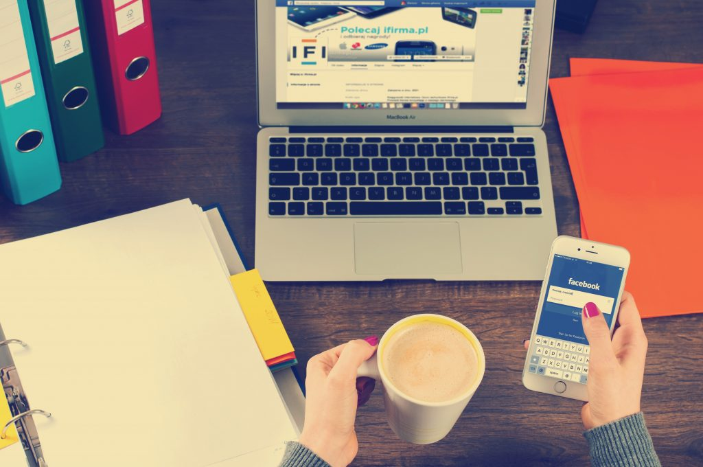 Reasons to Hire A Bookkeeper for Your Company